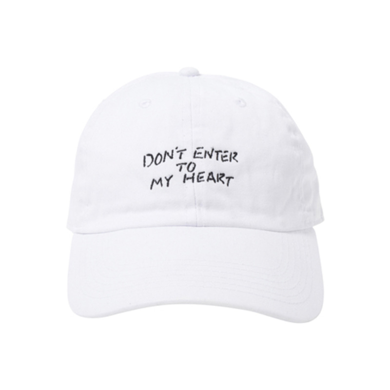 "[$ SHOP SALE][KANEZ] MESSAGE POLO CAP FOR KaneZ KOREA 1ST ANNIVERSARY ""DON'T ENTER TO MY HEART"" WHITE BY CHOCOMOO"