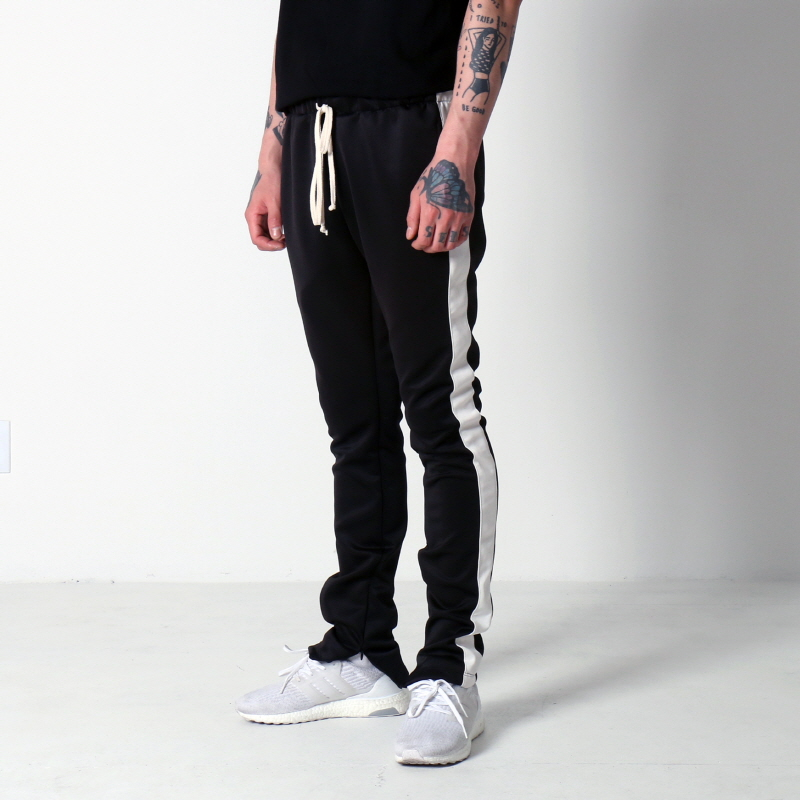 TECHNO TRACK PANTS (BLACK/WHITE)