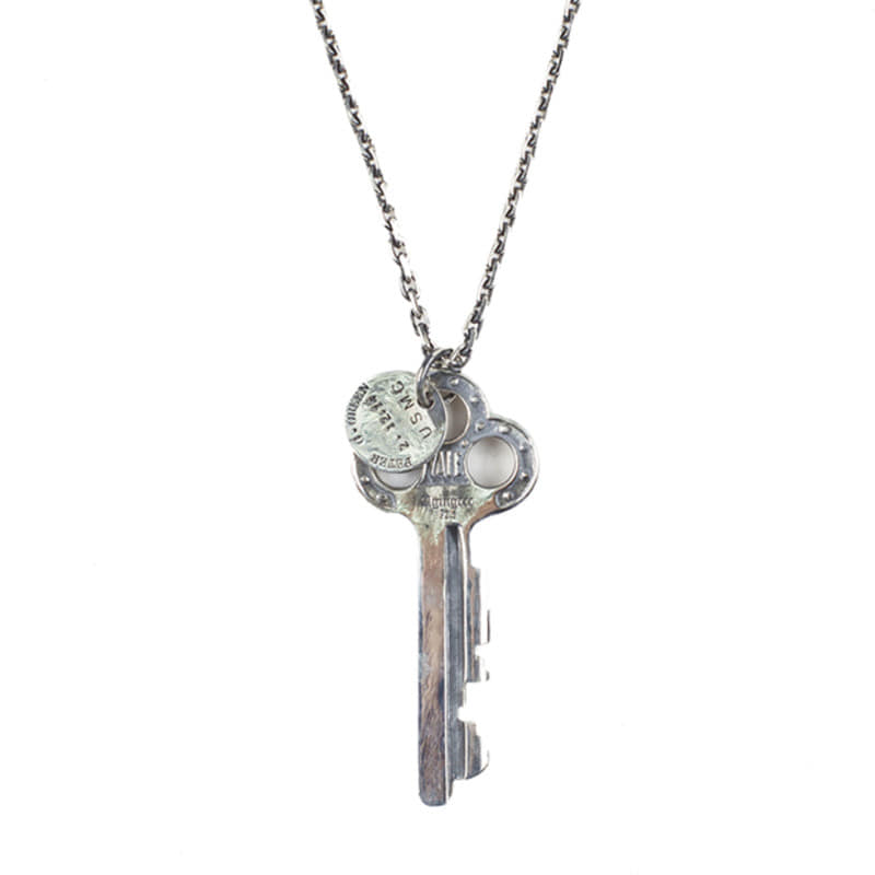 [AGINGCCC] 195# V HOTEL KEY NECKLACE NO.3