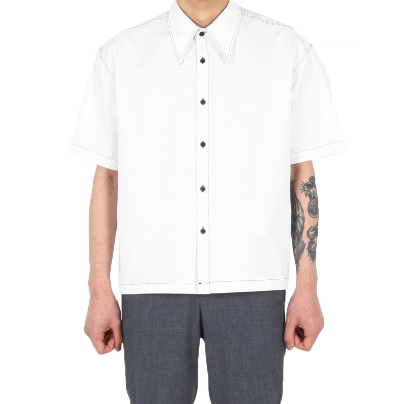 [XSACKY] BIG CARA STITCH SHIRT (WHITE)