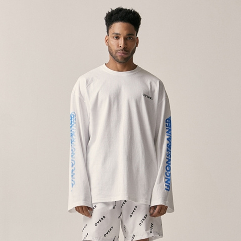 [OVERR] 18SU UNCONSTRAINED WHITE LS TEE