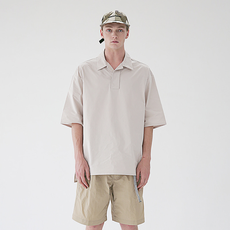 [MASSNOUN] HALF NECK SUBJECT SHORT SHIRTS MSEST005-BG