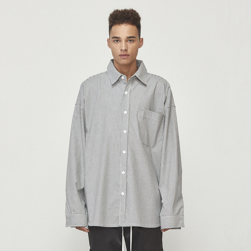 OVERSIZED STRIPED SHIRT (GREY)