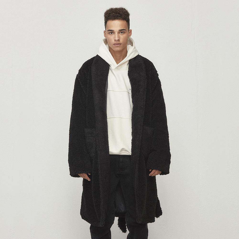 OVERSIZED ROBE COAT (BLACK)