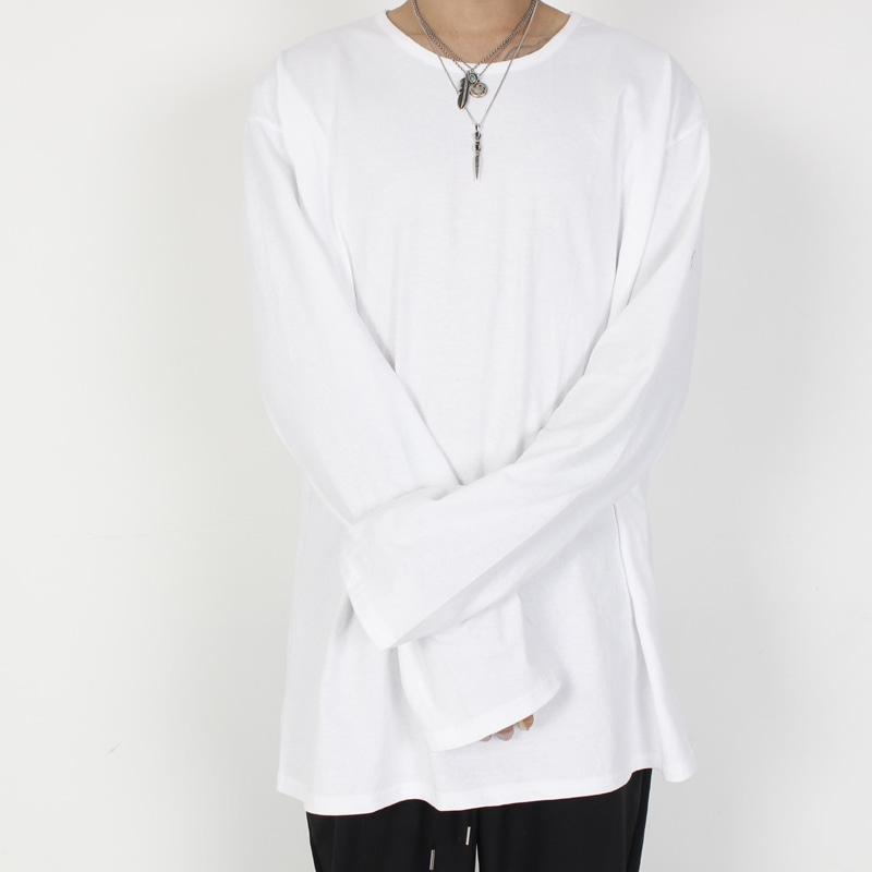 [BURJ SURTR] LONG SLEEVE WHITE