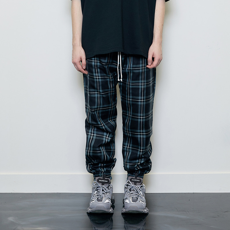 CHECK JOGGER PANTS (BLACK)