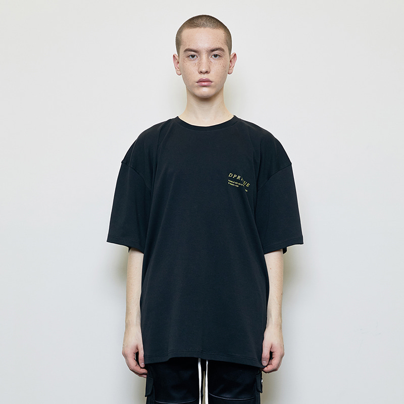 OVERSIZED VISIBLE T-SHIRT (BLACK)