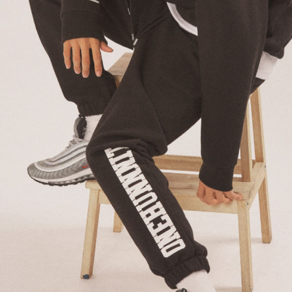 17 AW BASIC FONT SWEAT PANTS (BLACK)