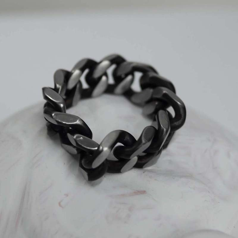 BLACKLINE 8MM CHAIN RING