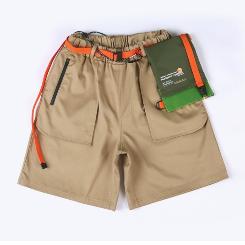 ENGINEERED BANDING SHORTS BEIGE