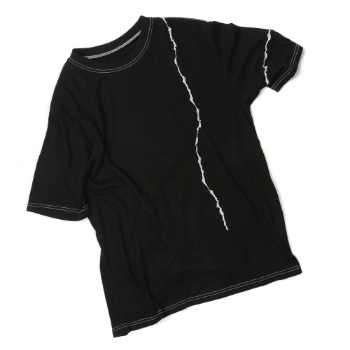 CRACK EMBROIDERY T-SHIRTS