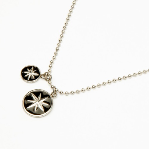 19FW COMPASS CIRCLE NECKLACE
