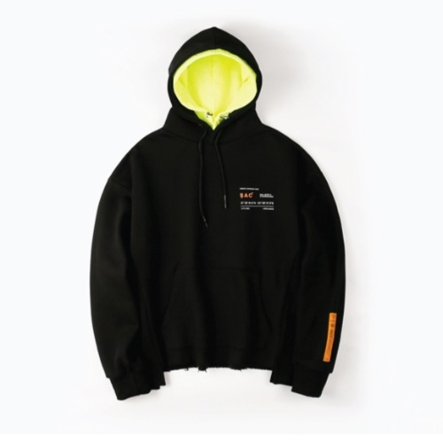 CROP LAYER HOOD PULLOVER BLACK