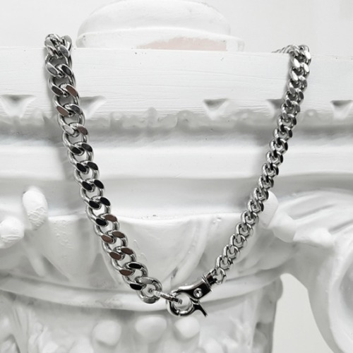 ASYMMETRY CHAIN LINK NECKLACE SURGICAL STEEL