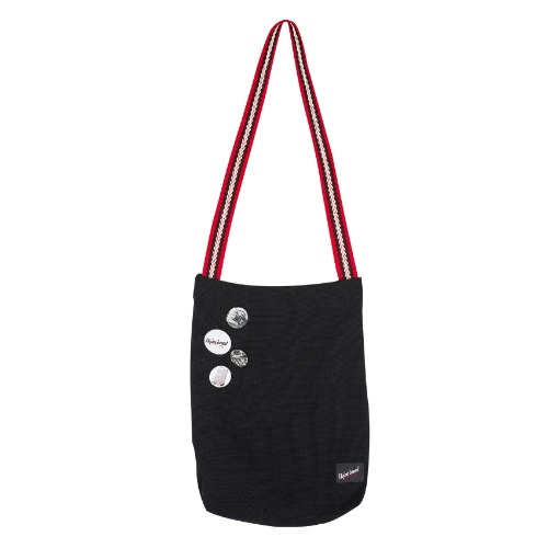 COTTON LABEL CROSS BAG RED WITH PIN